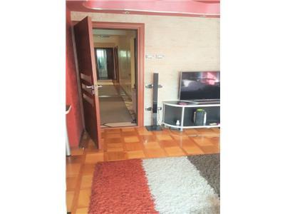 Apartament cu 4 camere si 3 dormitoare, Garaj si Terasa de 24 mp