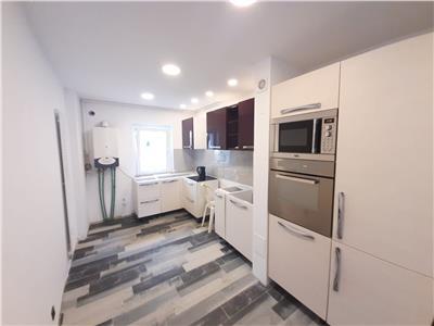 Apartament 3 camere cu balcon, complet RENOVAT, Calea Floresti