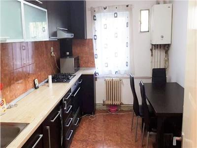 INCHIRIERE! Apartament cu 3 camere decomadnate in Zorilor