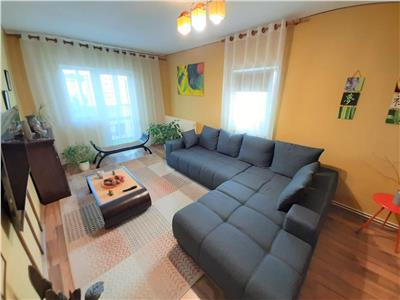 Apartament 4 camere, acoperis hidroizolat, terasa, boxa+garaj