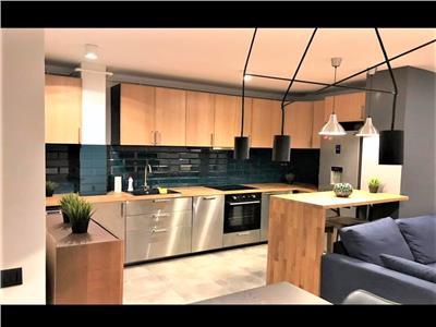 Apartament LUX, 2 camere cu balcon si Parcare Subterana! In SOPOR!