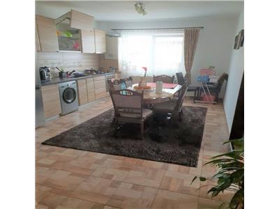 Apartament cu 3 camere decomandate in Buna Ziua!