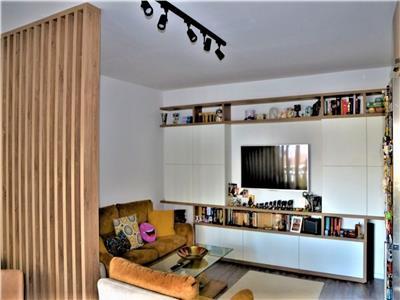 Apartament LUX cu 2 camere, parcare si balcon, zona Hotel Gala