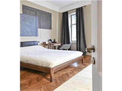 Apartament de LUX cu 3 camere, zona Piata Mihai Viteazu!