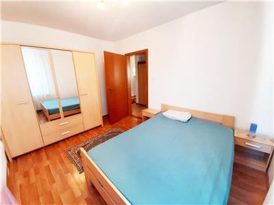 Apartament modern, 2 camere cu Balcon si Parcare!