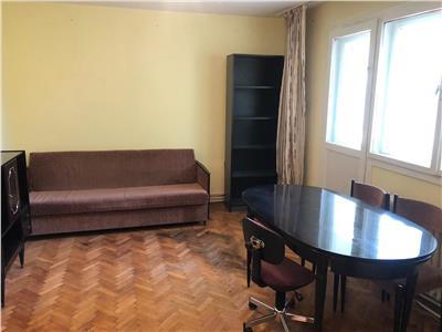 Apartament 3 camere, etaj intermediar, boxa, zona Grigore Alexandrescu
