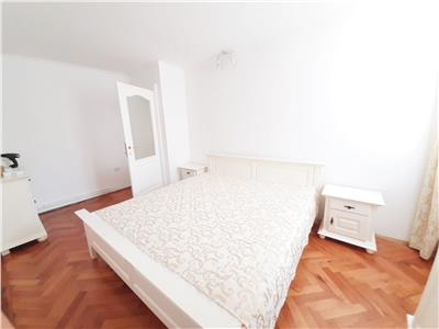 Apartament modern, 2 camere decomandate, semicentral