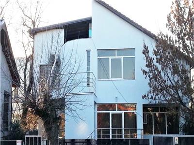 Vila Impresionanta cu Garaj in Centrul Clujului !