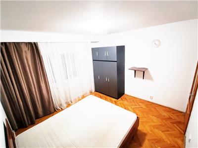 Apartament spatios, 2 camere Decomandate cu 2 balcoane, Intre Lacuri