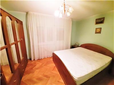 Apartament 3 camere DECOMANDATE, 2 Balcoane si Garaj, Cartier Manastur