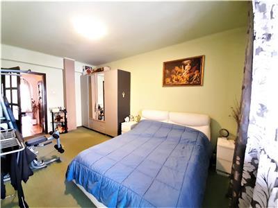 Apartament modern cu 2 camere, Parcare si Boxa in Centru, zona Horea