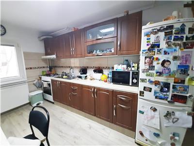 Apartament modern cu 2 camere decomandate, zona Zorilor