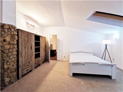 Apartament modern cu 3 camere dispus pe 2 nivele, zona Ultracentrala
