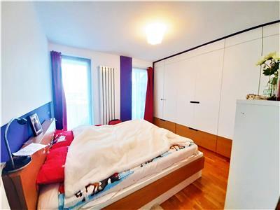 Apartament LUX 2 camere si Parcare in bloc NOU, Centru, zona Platinia