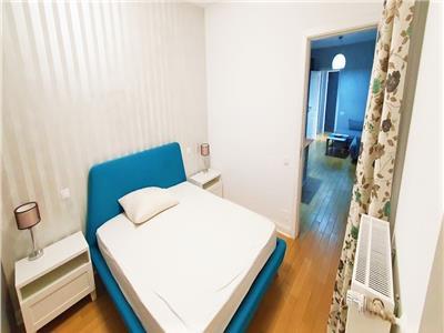 Apartament LUX cu 2 camere si PARCARE in bloc NOU, Centru