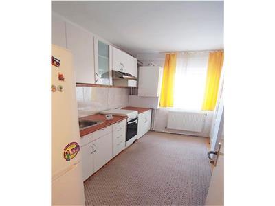 Apartament spatios 3 camere Decomandate si Balcon, cartier Zorilor.