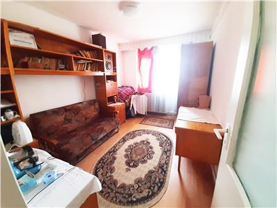 Apartament cu 3 camere decomandate, Manastur