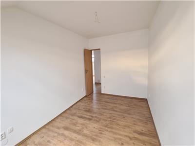 Apartament cu 2 camere Decomandate, Zorilor! Se accepta credit!