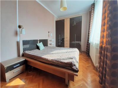 Apartament cu 4 camere, Decomandat, Spatios, cartier Manastur
