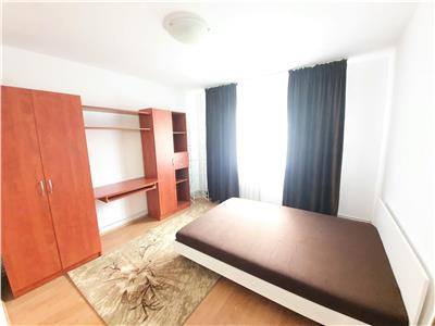 Apartament ingrijit cu 2 camere in zona Piata Zorilor