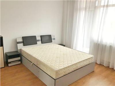 Apartament spatios cu 3 camere si Parcare in bloc Nou, cartier Iris