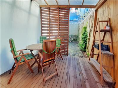 Apartament spatios cu 4 camere si Terasa 40mp, 5 locuri Parcare, VIVO