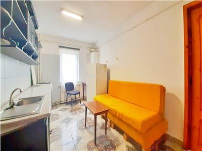 Apartament cu 3 camere Decomandate, cartier Zorilor, aproape de SIGMA