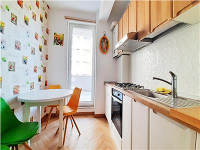Apartament LUX 2 camere cu Parcare si Balcon, cartier Sopor