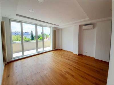 Apartament cu 2 camere in Bloc Nou! Situat Central