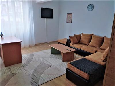 Apartament 2 camere recent renovat in Piata Mihai Viteazu