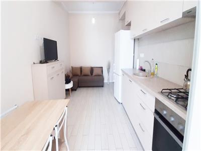 Apartament modern cu 2 camere si Parcare, zona Centrala
