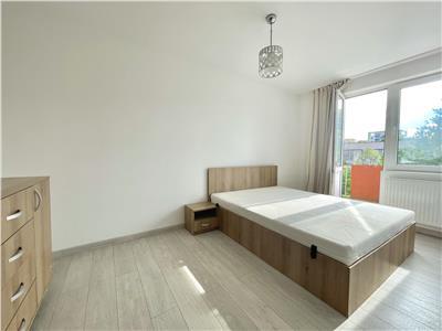 Apartament de vanzare cu 2 camere langa Iulius Mall!
