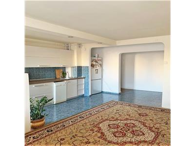Apartament de vanzare cu 4 camere, 87 mp, Disponibil imediat! Manastur
