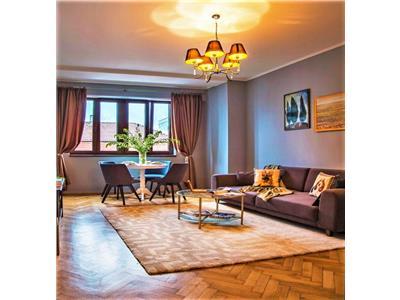 Apartament LUX cu 3 camere, 2 bai si terasa, Ultracentral