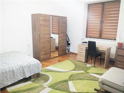 Apartament cu 2 camere Decomandate in zona Centrala