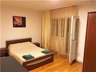 Apartament cu 2 camere decomandate la 10 minute de UMF!