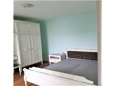 Apartament cu 3 camere DECOMANDATE in cartierul Manastur