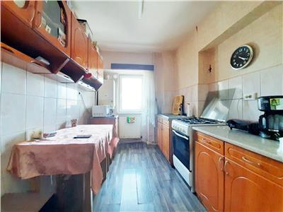 Aproape de UMF! Apartament in Zorilor cu 3 camere si Boxa