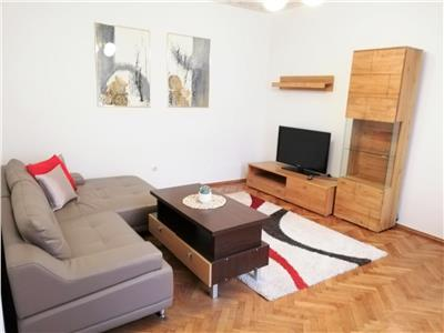 Apartament cu 2 camere Decomandate | ULTRACENTRAL | aproape de UMF