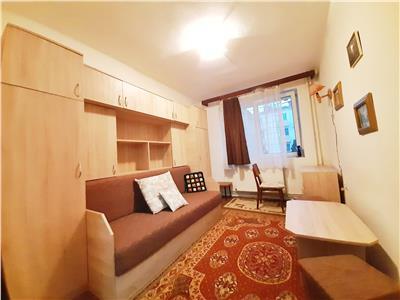 Apartament cu 2 camere Decomandate situat in Piata Mihai Viteazu