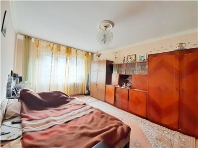 Apartament cu 3 camere Decomandate in Marasti