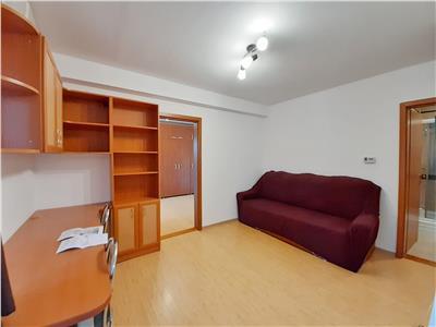 Apartament 2 camere si Parcare   zona linistita   Andrei Muresanu