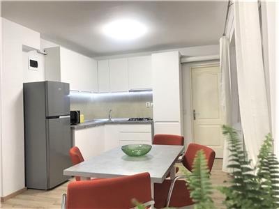 Apartament cu 2 camere semidecomandate, in zona CENTRALA