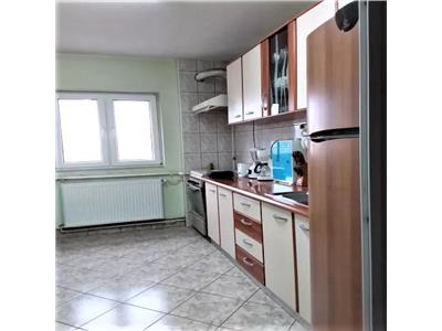 Apartament 4 camere decomandate, 2 bai, etaj 3, zona Kaufland, Marasti