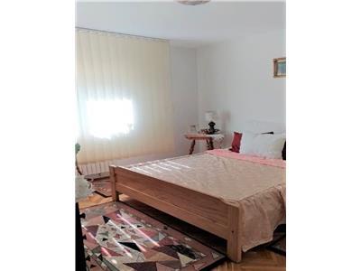 Apartament 3 camere decomandate, etaj 3, zona Titulescu, Gheorgheni