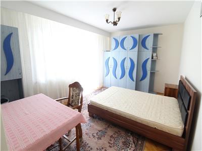 Apartament 3 camere decomandate, etaj 2, Manastur