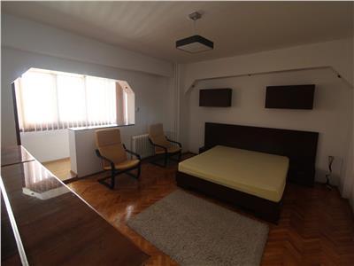 Apartament 2 camere decomandate, etaj 1, zona Interservisan