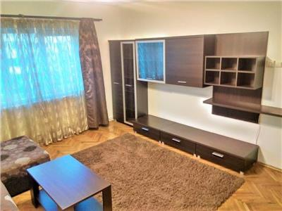 Apartament 3 camere, 2 bai, parcare, str. Nasaud, ideal familie!
