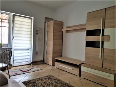 Apartament cu 3 camere decomandate, cu parcare, in Centrul Clujului