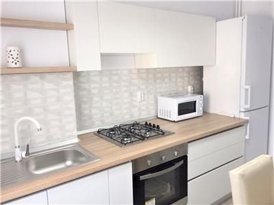 Apartament modern, RENOVAT, garaj, ideal pentru o familie, Zorilor!
